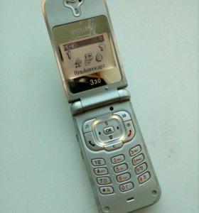 Телефон Philips 330