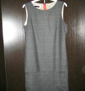 Шерстяное платье.