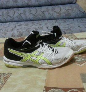 Волейбольные кросовки ASICS