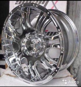 Литые хромированные диски R18 с новой яп.резиной