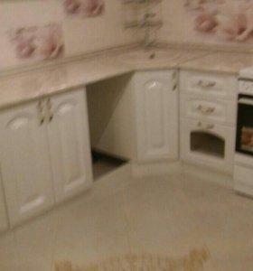 Кухня белый глянец в классике