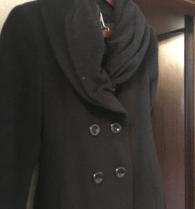 Пальто б/у Manuela Conti