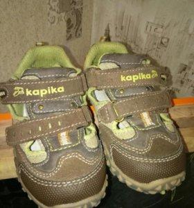 Продам сандали капика новые