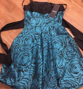 Платье коктейльное р.42-44
