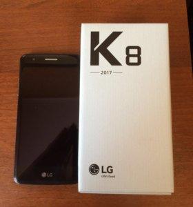 Смартфон LG K 8