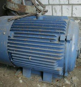 Продается новый двигатель ассинхронный АИР 225М2 5