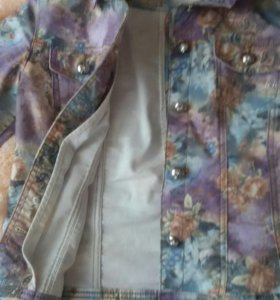 Продаю джинсовую куртку