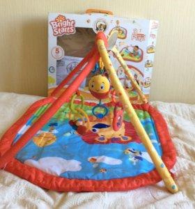 Развивающий коврик с оригинальными игрушками