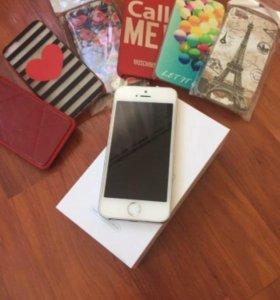 Продам айфон 5s на 16gb