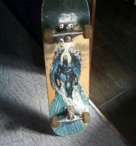 Отличный скейтборд