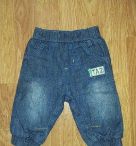 Джинсовые штанишки для мальчика на х/б.подкладке.