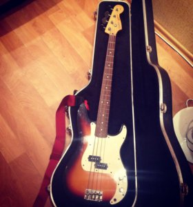 Squier Precision Bass Japan