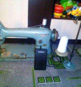 Швейная машина 32 класса