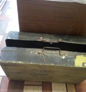 Металлический армейский ящик