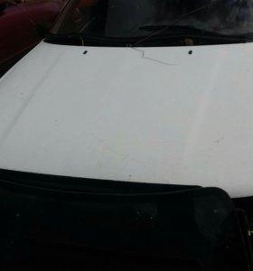 Продаю капот на Volkswagen B4