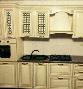 Шкафы-купе, кухни на заказ.