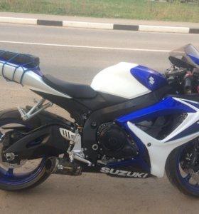 Мотоцикл Suzuki Gsxr 600 k6