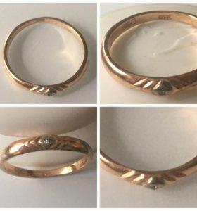 Кольцо золото 585 с бриллиантом р.17,5 вес 2,08г