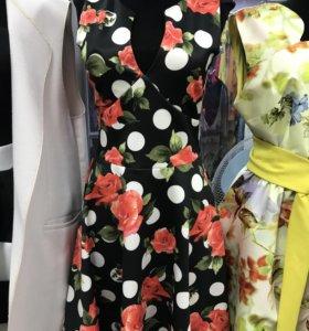 Платье новое (44 размер)