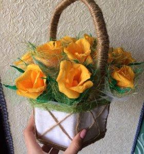 Корзиночка с цветочками ручной работы😋💐