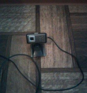 Продаю веб камеру в отличном состоянте