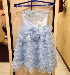 Красивое платье, рост 110-116