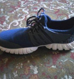 Четкие кроссовки