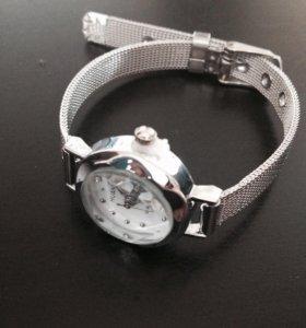 Часы ( новые )