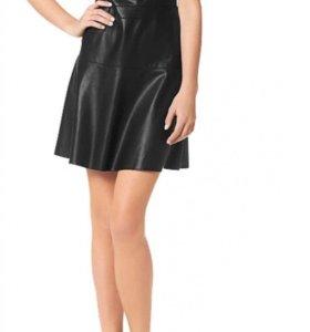 Платье чёрное кожаное новое