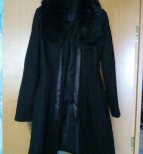 Пальто с мехом .