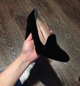 Туфельки на толстом каблуке