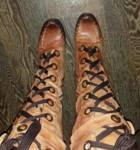 Ультрамодные сапоги на шнуровке весна-осень