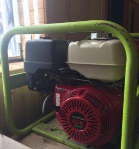 Генератор Pramac E 8000, двигатель Honda GX 390