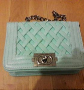 Новая мятная сумочка шанель через плечо