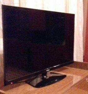 ЖК телевизор 32(81см)