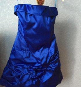 Платье нарядное новое.44 размер