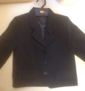 Пиджак новый на 110