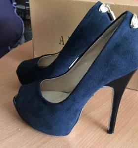 Туфли женские 35