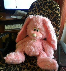 Большой мягкий розовый заяц