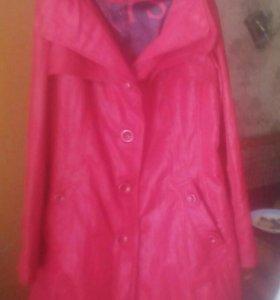 Куртка женская новая.