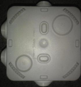 Коробка распаичная Schneider Electric