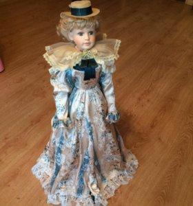 Кукла фарфоровая коллекционная 70 см