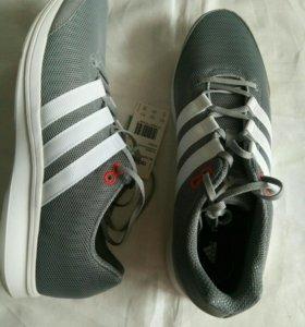 Новые кроссовки Adidas, 44