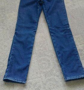 Утепленные джинсы на девочку 8 лет