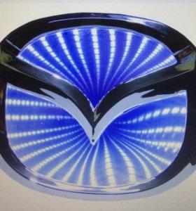 Светящиеся значки 3D на ваше авто