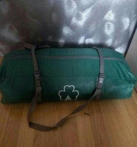 Палатка. Рюкзак. Спальный мешок. Столик.