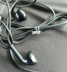 Бесплатно Новые LG наушники, микро USB.