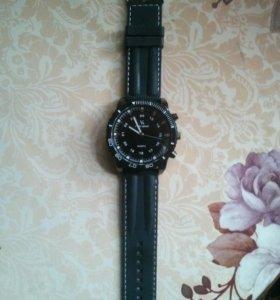 Спортивные наручные часы V6