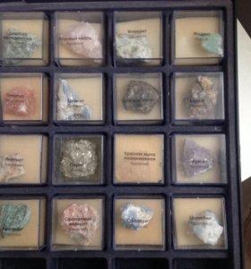 Коллекция драгоценных камней+футляр