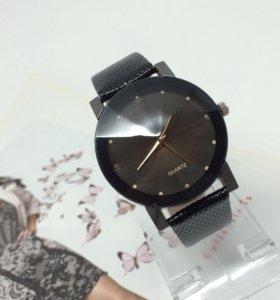 Часы женские, новые